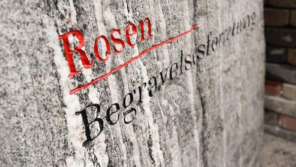 Rosen Begravelsesforretning sten